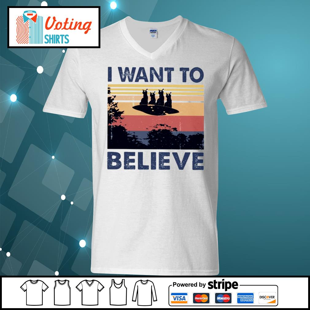 Cats UFO I want to believe vintage s v-neck-t-shirt