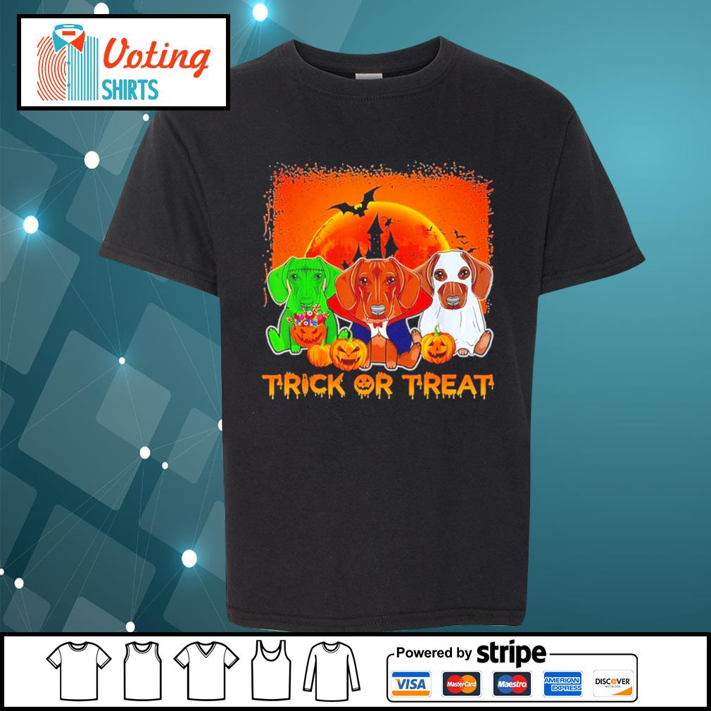 Halloween Dachshund trick or treat s youth-tee